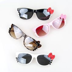 Google Image Result for http://exclusiveeyewearnyc.com/wp-content/uploads/2012/06/Hello-Kitty-Fashion-Sunglasses-OF9106-.jpg
