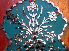 Thikrie, Indian Mirror Mosaic Art ( Mirror Palace)'s photostream Mirror Mosaic, Mosaic Art, Mirror Artwork, Mirror Mirror, Funky Mirrors, Clay Wall Art, Gold Leaf Art, Glass Installation, Indian Folk Art