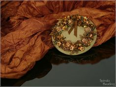 Spirala beading: Autumn Wreath Brooch Beaded Banners, Crystal Beads, Crystals, Autumn Wreaths, Order Up, Green Turquoise, Halloween Gifts, Beaded Earrings, Candy