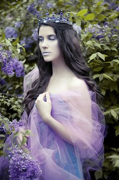 Fairytale princess in purple. Enchanting!