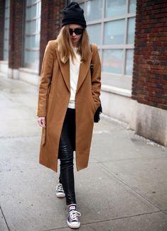 calca-skinny-couro-sobretudo-caramelo-street-style-look-inverno