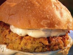 * These are so delicious, by far my favorite Salmon Burger. Jammin' Salmon Burgers recipe from Aaron McCargo Jr. via Food Network Burger Recipes, Salmon Recipes, Fish Recipes, Seafood Recipes, Salmon Patties, Salmon Burgers, Salmon Burger Sauce, Fish Dishes, Gourmet