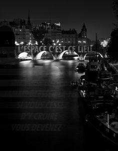 Jenny Holzer, Paris 2001