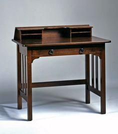 Writing desk, c. 1905. Thomas Keyes house, Keyes Cottage, Winter Park, Florida, 1886–c. 1950; oak, Stickley Brothers Company, Grand Rapids, Michigan, 1891–1926; 35 1/2 x 35 3/4 x 23 in. (FURN-038-88).