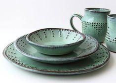 Inspiring concepts that we appreciate! Rustic Dinnerware, Stoneware Dinnerware, Stoneware Clay, Plates And Bowls, Salad Plates, Aqua, Dinner Salads, Dish Sets, Handmade Pottery