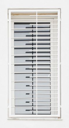 32 Multifunctional Modern Window Designs (Can Be Applied With Curtains) Home Window Grill Design, Window Grill Design Modern, Grill Gate Design, House Window Design, Balcony Grill Design, Iron Gate Design, House Front Design, Railing Design, Iron Window Grill