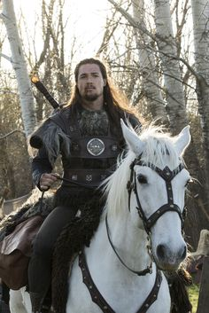 Uhtred of Bebbanburg - Alexander Dreymon in The Last Kingdom, set in the late 9th century (TV series 2015).