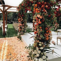 What an amazing weekend @meadowoodnews celebrating the wedding of Mahncy + Anish. This insanely gorge floral structure was created by our buddy @shotgunfloralstudio and your only seeing a sneak peak-it was to die for. #mahncyandanish