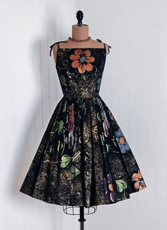 It's not jewelry but it's vintage, Mexican and STUNNING! 1950s mexican, feminine fashion, friends, petticoats, vintage, 1950s dresses, mexico, beauti, vintag 1950s