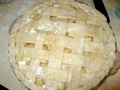 The Virtuous Wife: Award-Winning Apple Pie with Homemade Crust Tutorial