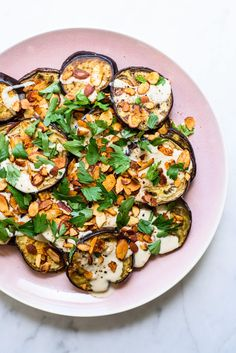 Easy Ottolenghi-Inspired Roasted Eggplant with Tahini Sauce Spiced Almonds and Parsley Eggplant Dishes, Roast Eggplant, Eggplant Recipes, Roasted Eggplant Salad, Ottolenghi Salad, Ottolenghi Recipes, Vegetarian Recipes, Cooking Recipes, Vegetarian
