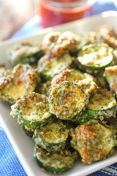 Crispy Parmesan Ranch Zucchini Chips recipe. Healthy and delicious side dish.
