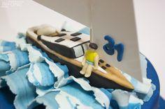 cake sailboat: detail