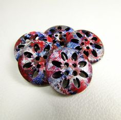 LOT 48 10 15mm 2 hole wooden multicoloured abstract flower patterned buttons