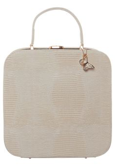 """Beautiful travel vanity case from the danish brand """"Edith & Ella"""".  I have it and I love the retro style !"""