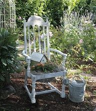 garden decorations from junk | Garden Decor