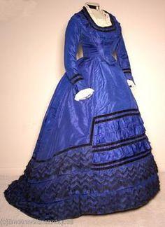 1867 - 1870 blue with black trim