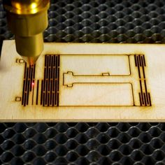 This week, we're going to look at some laser cut projects for gift ideas using a laser engraved. These laser projects can be done with laser cutter machi. Cnc Laser, Laser Cut Plywood, Laser Art, Diy Laser Cutter, Laser Cutter Projects, Cnc Cutting Design, Laser Cutting, Wood Laser Ideas, Wood Phone Holder