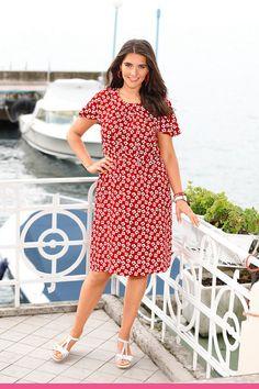 Kukkakuvioitu mekko m. Short Sleeve Dresses, Dresses With Sleeves, Matcha, Shorts, Jeans, Collection, Vintage, Products, Fashion