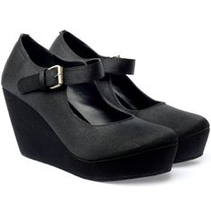 my first UP shoes! Claire Black. really comfort and vintage look if you wear it with a lace dress!