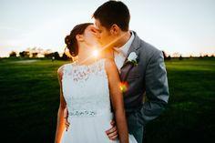 Wedding photography by Brett Brooner. Source: https://www.facebook.com/brettbroonerphotography/photos/a.350880115009169.75240.350789098351604/796934697070373/?type=3&theater
