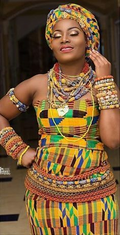 Ghana kente with african beads, African fashion Ghana kente with african beads, African fashion African Inspired Fashion, African Dresses For Women, African Print Fashion, African Attire, African Fashion Dresses, African Women, Ghanaian Fashion, African Prints, African Traditional Wedding Dress