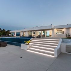 d8mart.com Mulholland Contemporary, Beverly Hills #california #cali.… #luxe #luxurylife #luxuryhome #estate #mansionhomes Mens Style