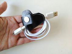 Recoge cable forma de corazón