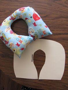 Free Child Travel Pillow Sewing Pattern Christen Noelle Sew N Amp Stitch N Pinterest