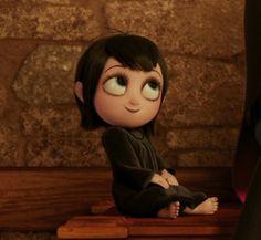 Mavis Dracula is the daughter of Dracula in Hotel Transylvania. She is voiced by Selena Gomez. Disney Pixar, Arte Disney, Cute Disney Wallpaper, Cartoon Wallpaper, Hotel Transylvania Movie, Witch Room, Disney Princess Quotes, Animated Icons, The Last Unicorn