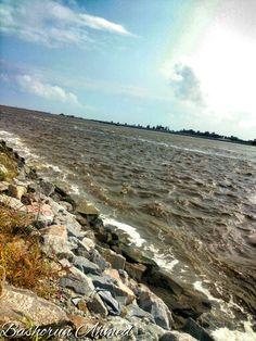 #NaturePhotography #Shoreline #Lagos #Ocean #TakwaBay Eko Atlantic, Lagos,Nigeria.