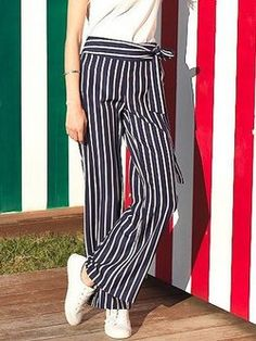pantalon rayure fluide Striped Pants, Fashion, Trousers, Trendy Outfits, Stripes, Spring Summer, Striped Tights, Moda, Fashion Styles