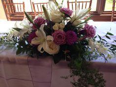 Head table arrangement in white & lavender