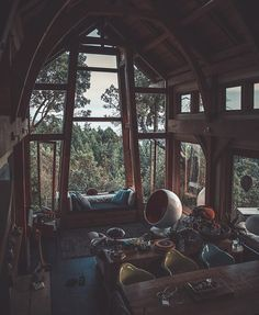 Tree house or tiny house vibes. Tree house or tiny house vibes. Aesthetic Rooms, Cabins In The Woods, House Goals, Dream Rooms, Cool Rooms, My Dream Home, Future House, Beautiful Homes, Architecture Design