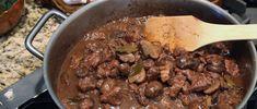 Estofado de Res con Champigñones y Tannat (Beef Stew with Mushrooms and Tannat Wine)