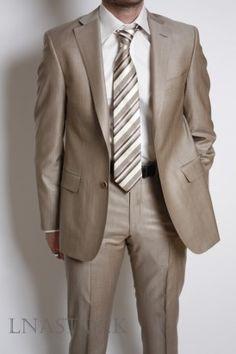 Costume beige Lanificio F.lli Cerruti 1881 satiné - LNASTOCK Art Costume, Costumes, Beige, Suit Jacket, Breast, Suits, Jackets, Fashion, Down Jackets