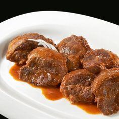 Carrillada de cerdo estofada: Guiso casero con un buen fondo de verdura y producto ibérico de calidad. Si no lo dice, nadie sabrá que no lo ha cocinado usted mismo. #carrillada #estofados #guisos #comida