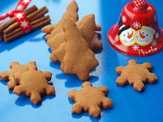 Gingerbread Cookies, Christmas Cookies, Biscuit Cookies, Biscotti, Vanilla, Food And Drink, Cooking, Sweet, Desserts