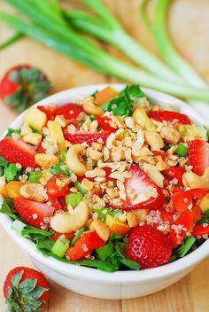 Strawberry, quinoa, spinach, & cashew salad by JuliasAlbum.com, via Flickr