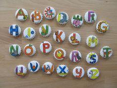 Upcycling: Magnete aus Kronkorken: Buchstaben NAME