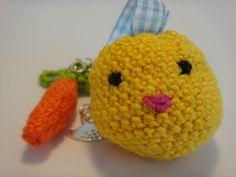Lustiger Schlüsselanhänger im Osterlook - mit Huhn ... oder ist es ein Ei?