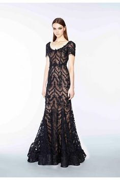 Marchesa pre-fall 2015 gorgeous lace gown