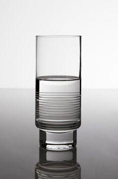 tall-glass-kontextur-jeff-miller