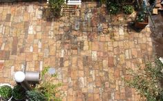 アンティークレンガ敷きの庭
