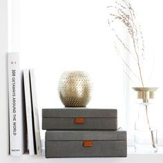 Working in style! Deze stoere opbergboxen van Monograph zijn er in verschillende soorten en maten. Voor ieder wat wils!