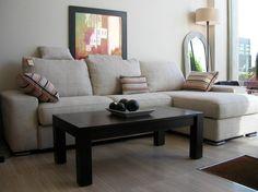 Il divano rappresenta uno degli elementi darredo più importanti del nostro salatto, la scelta va orientata in base alle dimensioni degli ambienti, al nostro gusto personale, tenendo conto della