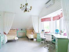 Детская комната дизайн для двух девочек