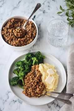 Sweet and Smoky BBQ Lentils Lentil Recipes, Paleo Recipes, Whole Food Recipes, Free Recipes, Dinner Recipes, Vinegar Based Bbq Sauce, Easy Vegetarian Dinner, Vegan Comfort Food, Healthy Protein