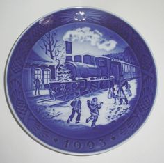 1993 Royal Copenhagen Christmas Plate Train Scene Christmas Guests
