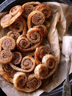 Did you know you can make super yummy palmiers with frozen puff pastry? These melt-in-your-mouth (and oh so easy-to-make) cookies are a game-changer. That and 21 other amazing recipes using store-bought puff pastry; click away and save this pin for later.